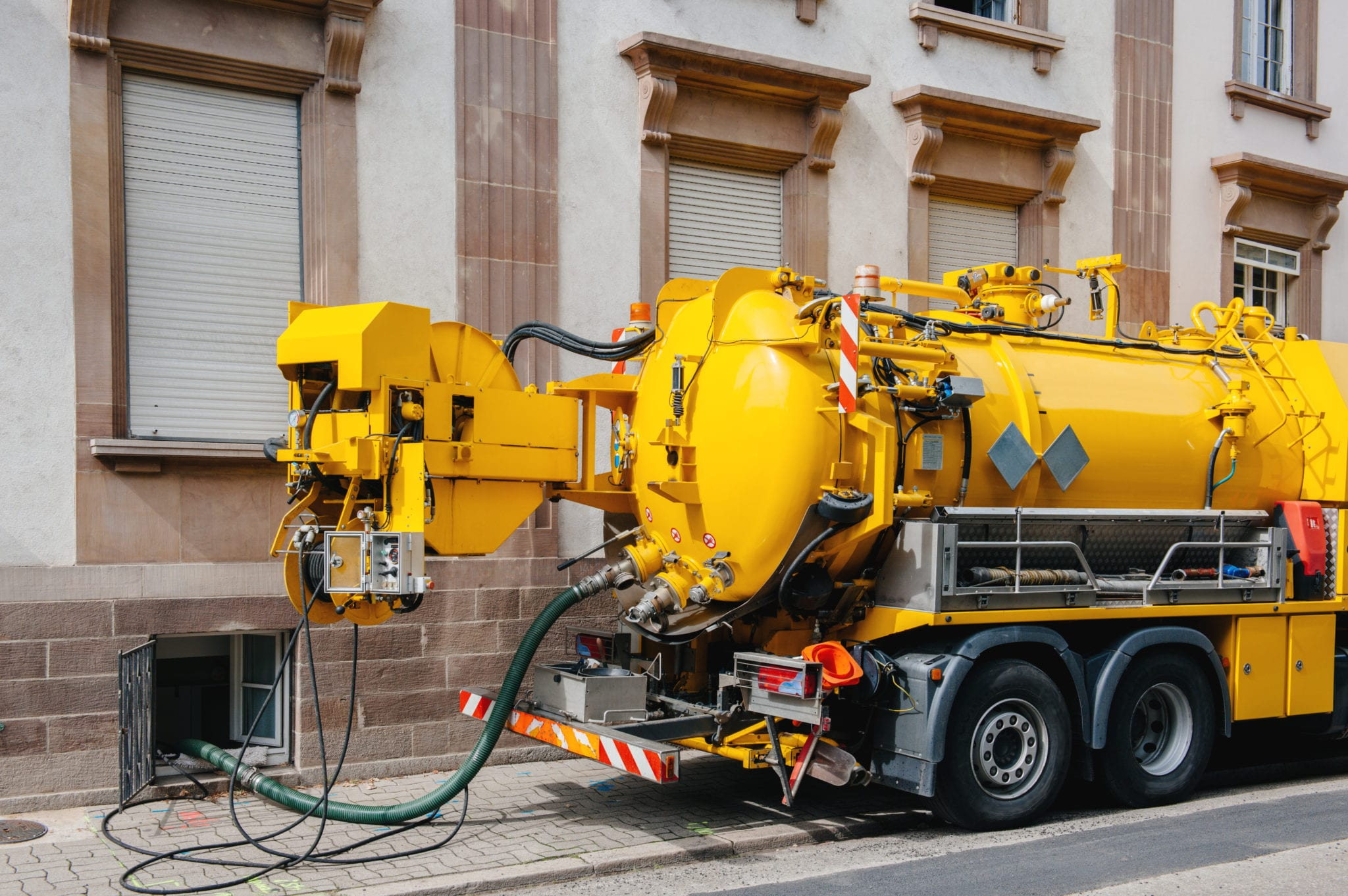 professional sewage cleanup company